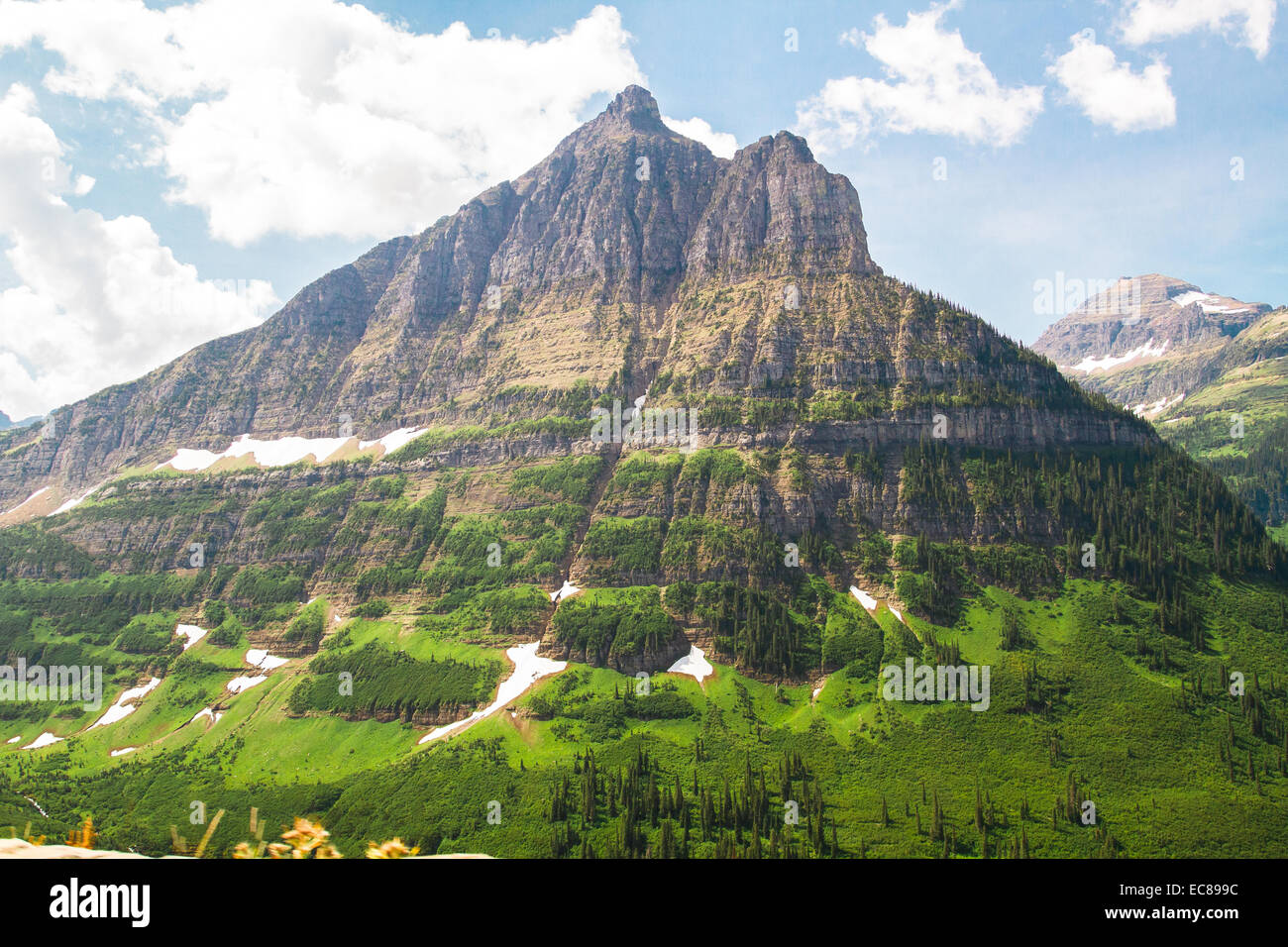 Epic mountain scenery in Glacier National Park, Montana - Stock Image