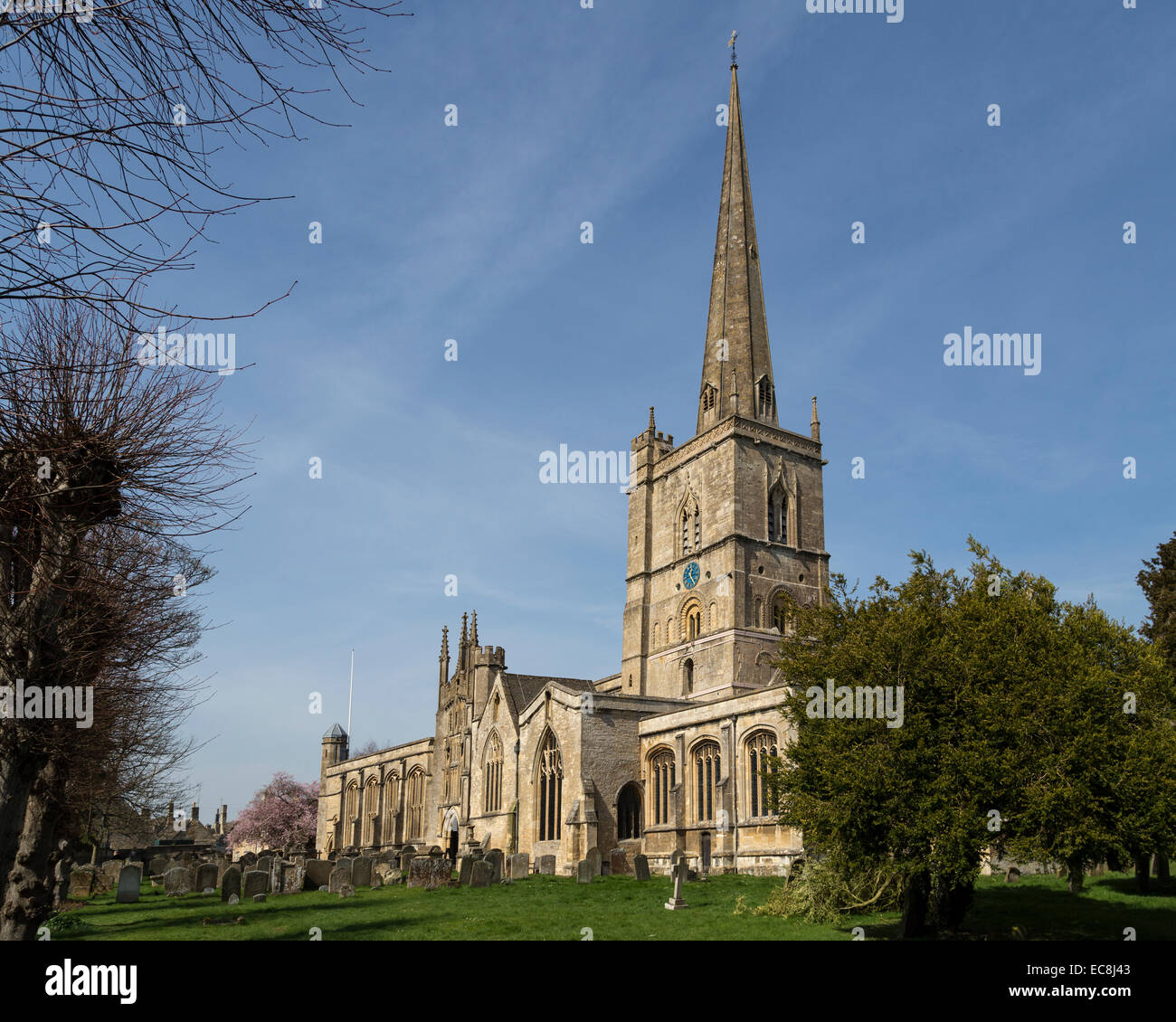 Parish church, Burford, Oxfordshire, UK - Stock Image