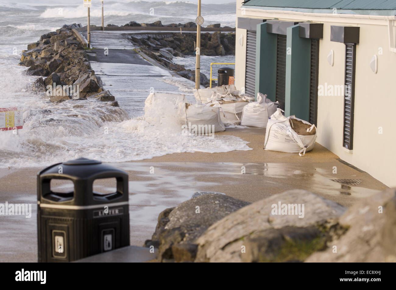 Portrush, Northern Ireland, UK. 10th Dec, 2014. Babuska Coffee Shop West Strand Portrush Northern Ireland braves - Stock Image