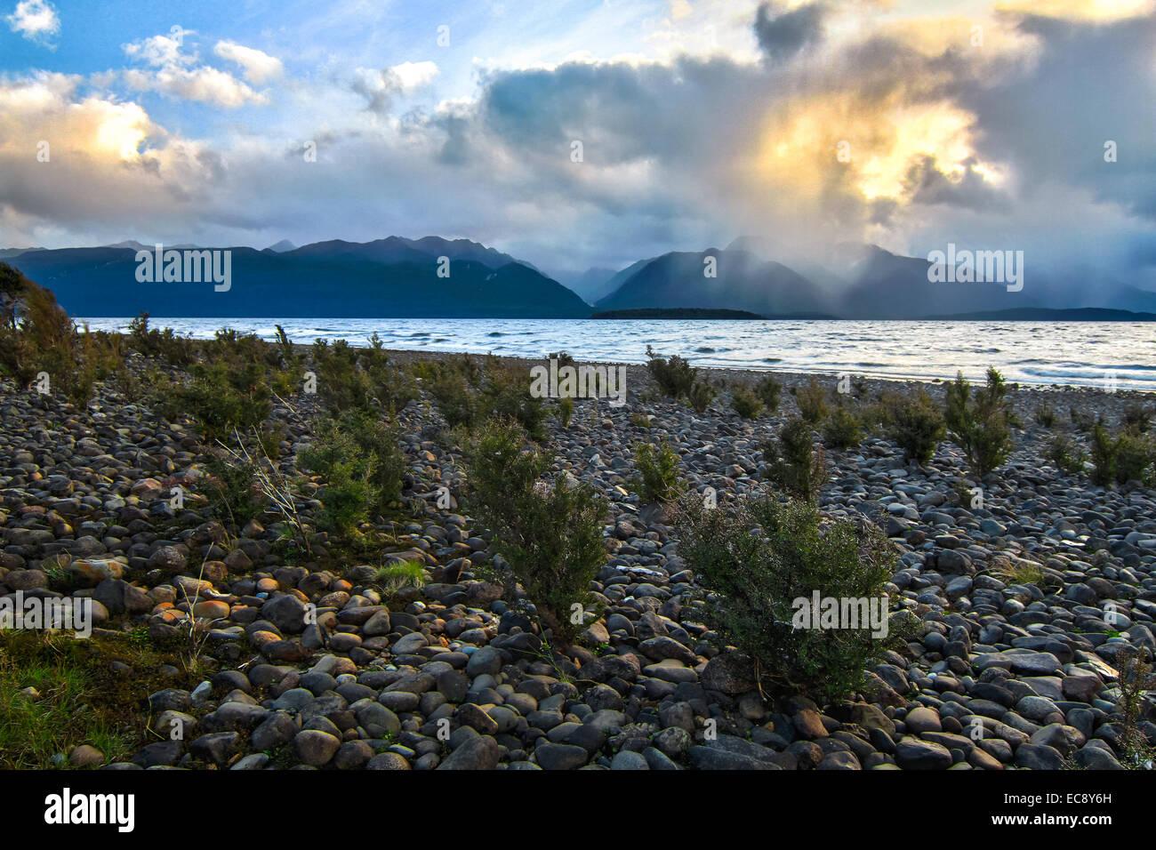 Epic lake scenery on Lake Te Anau, New Zealand - Stock Image
