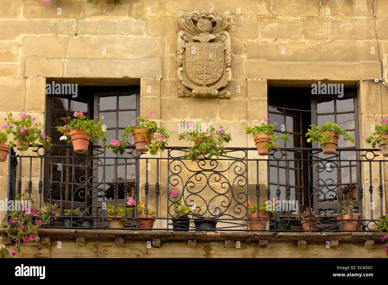 Balcony Parapet Stock Photos & Balcony Parapet Stock Images - Alamy