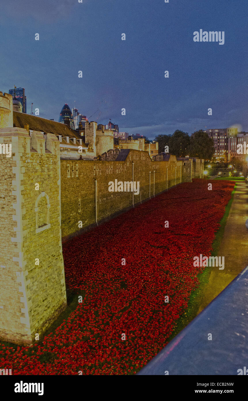 Tower of London river of poppies - Stock Image
