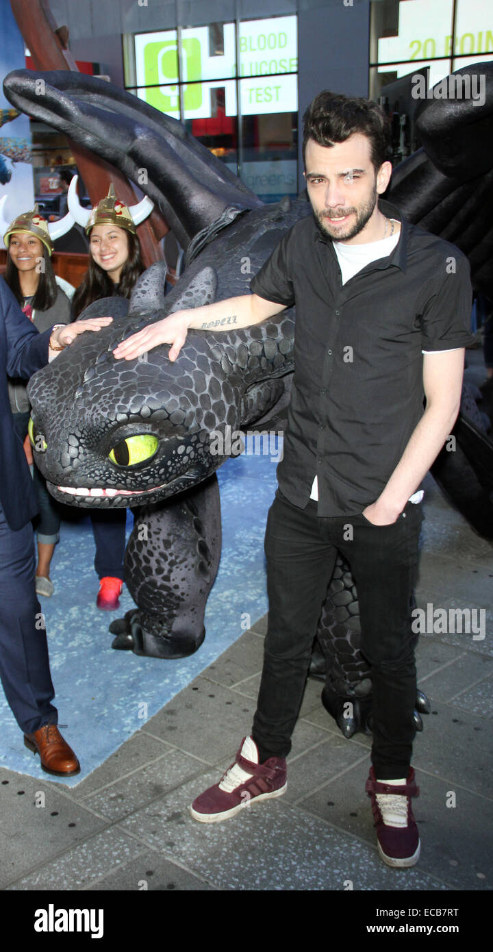 Jonah hill and jay baruchel at dreamworks how to train your dragon 2 jonah hill and jay baruchel at dreamworks how to train your dragon 2 experience at timesquare in new york featuring jay baruchel where ny new york ccuart Gallery