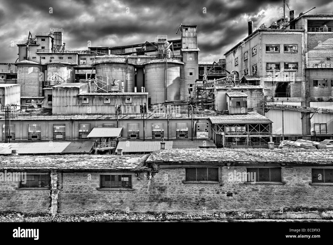 Abandoned cement factory in Drapetsona, Greece - Stock Image