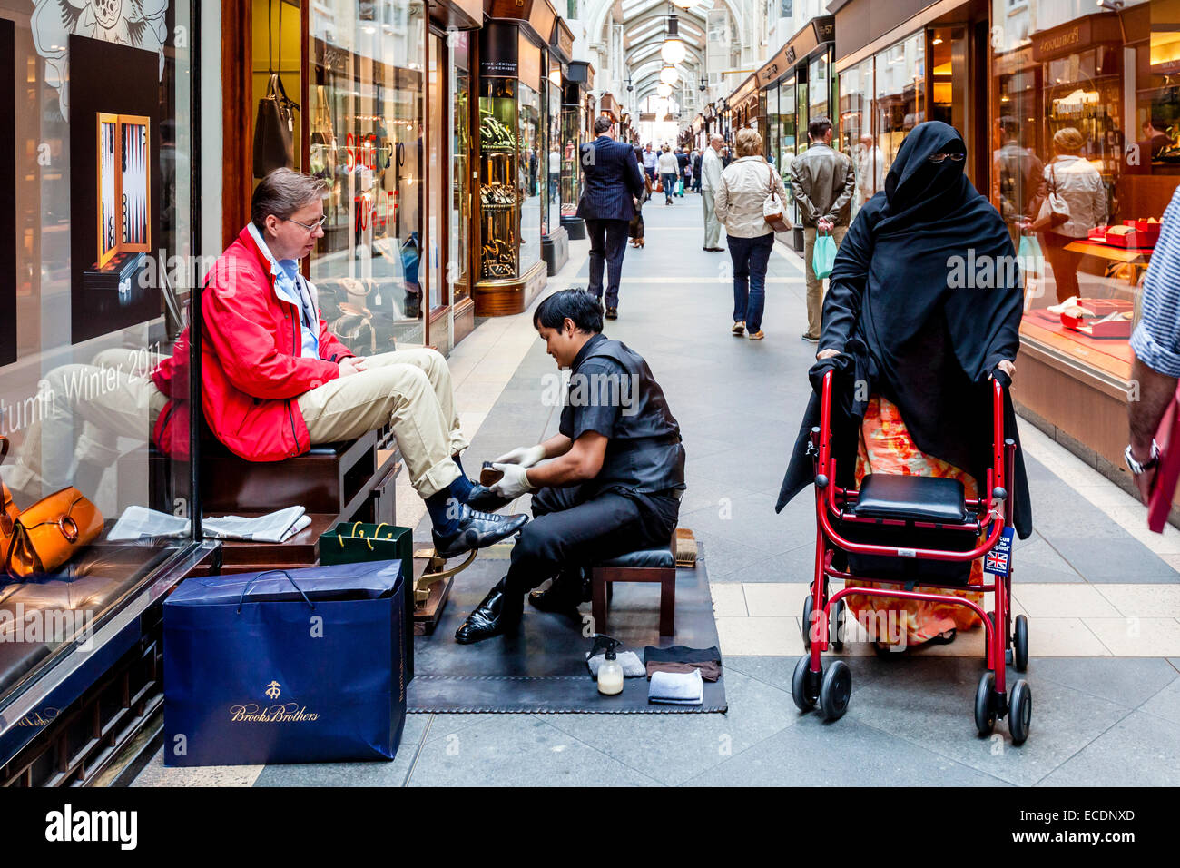 Shoe Shine, Burlington Arcade, London, England - Stock Image
