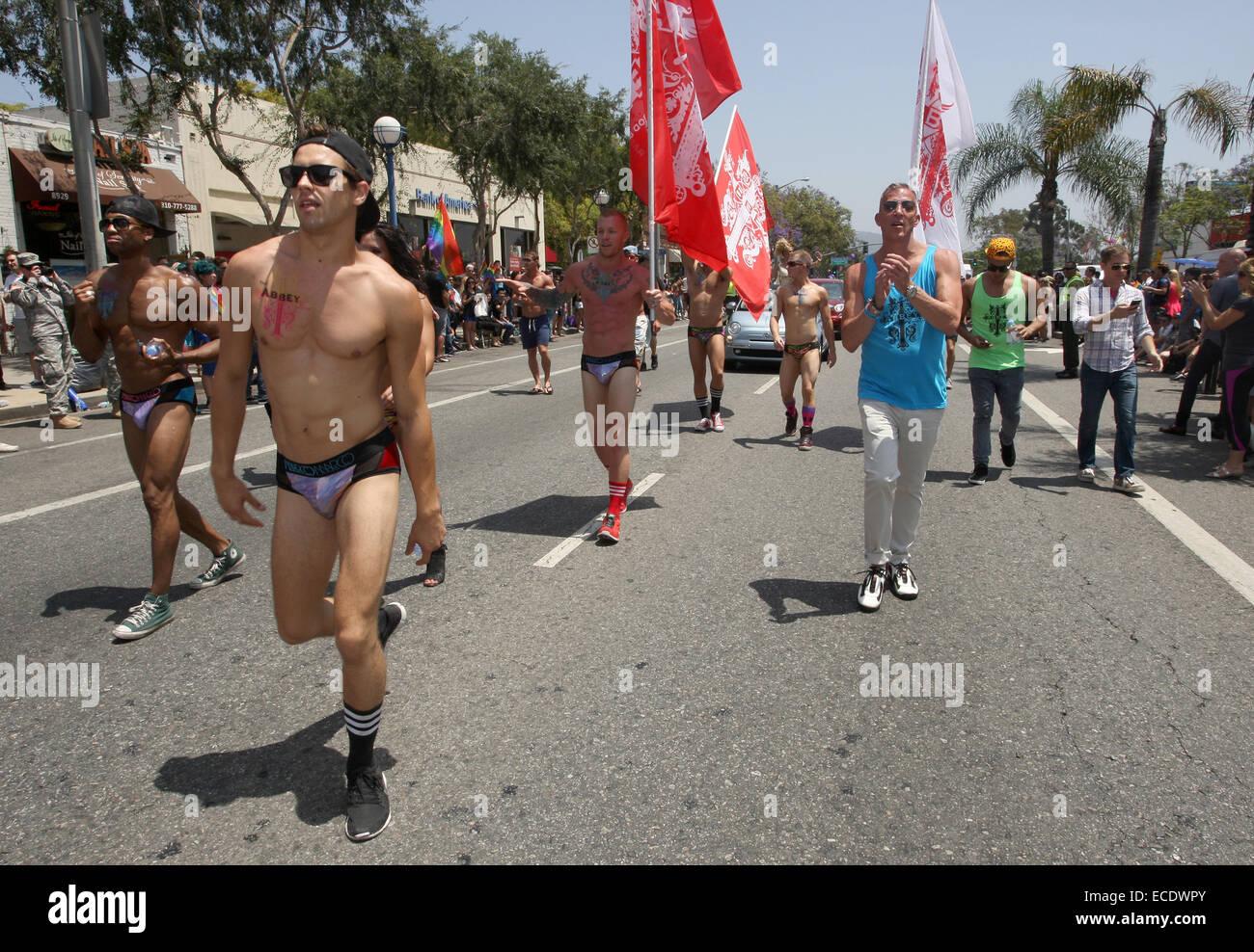 gay army nude men