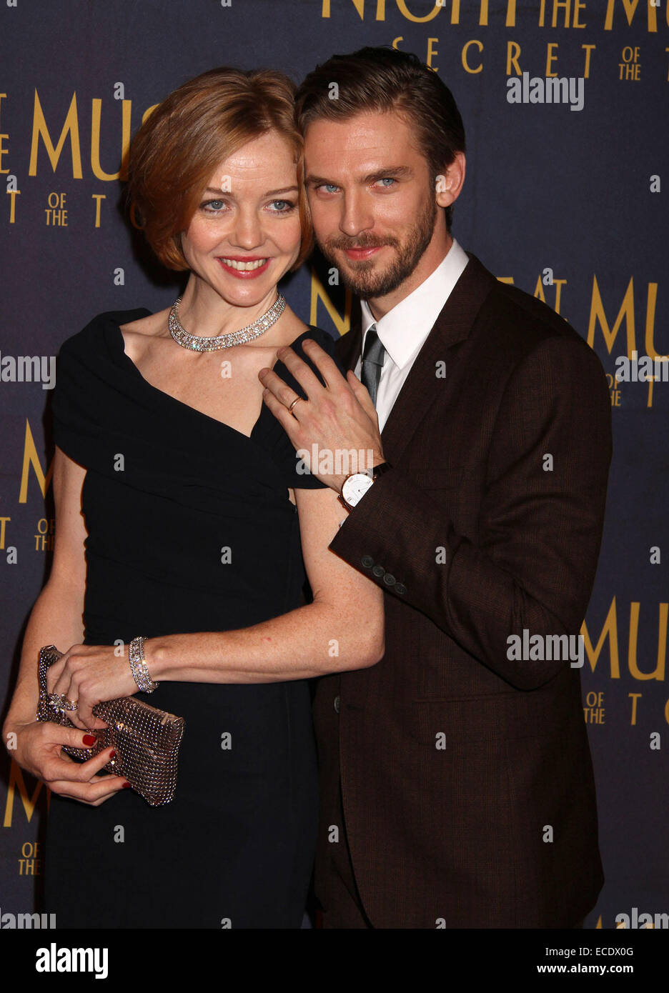 New York New York Usa 11th Dec 2014 Actor Dan Stevens And Susie Stock Photo Alamy Dan stevens wife susie hariet was born in south africa. https www alamy com stock photo new york new york usa 11th dec 2014 actor dan stevens and susie hariet 76523120 html