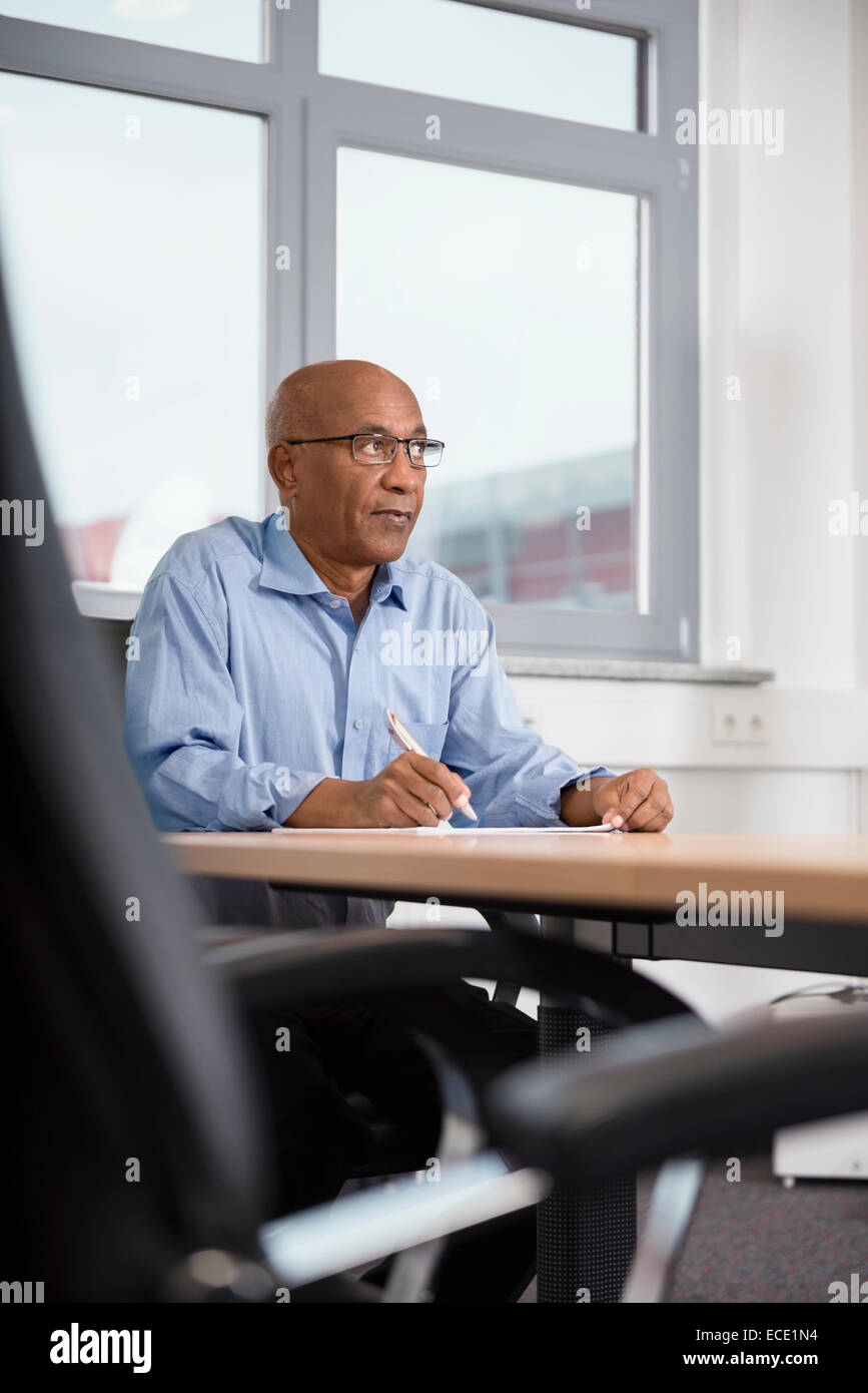 Man Afrikaner office dependable self confident - Stock Image