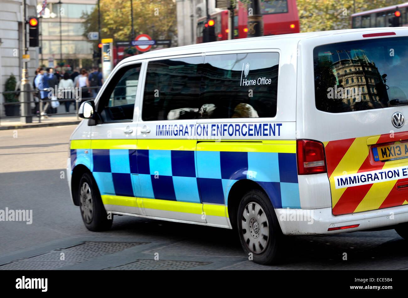 Immigration Enforcement  >> London England Uk Home Office Immigration Enforcement Van Stock