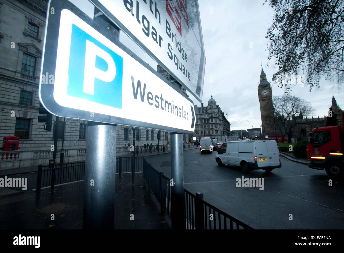 Westminster London,UK. 12th December 2014. Westminster council has been accused of ripping off drivers after announcing - Stock Image