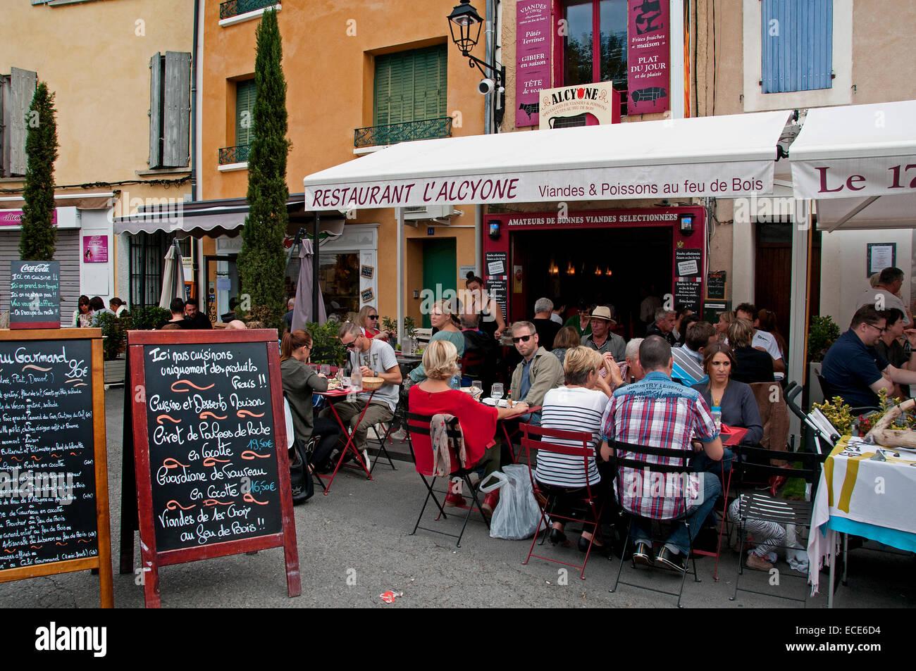 L'Isle sur la Sorgue French antique market on the banks of the river Sorgue  Vaucluse Provence France  ( European - Stock Image