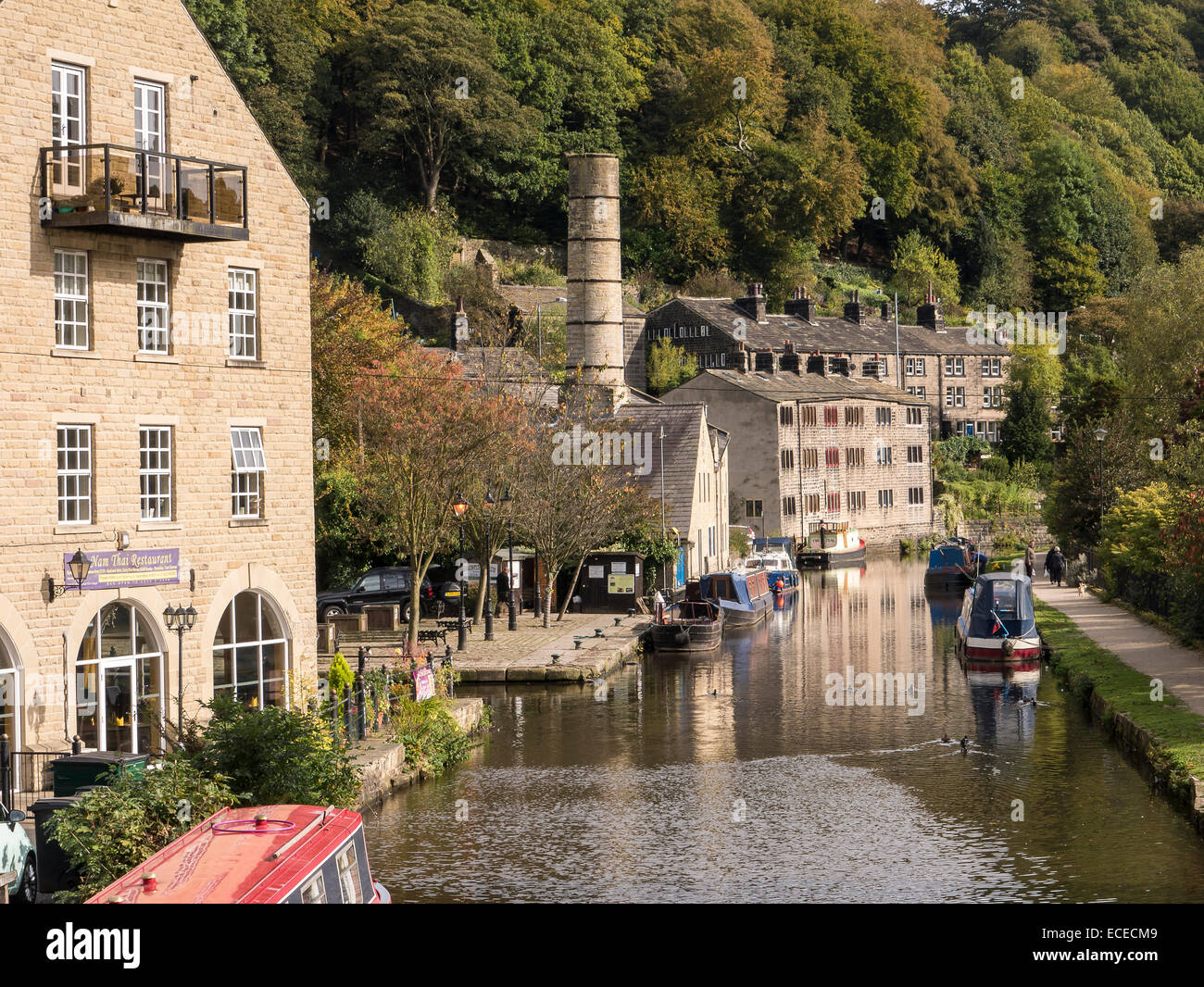 A View along the Rochdale Canal, Hebden Bridge, West Yorkshire - Stock Image