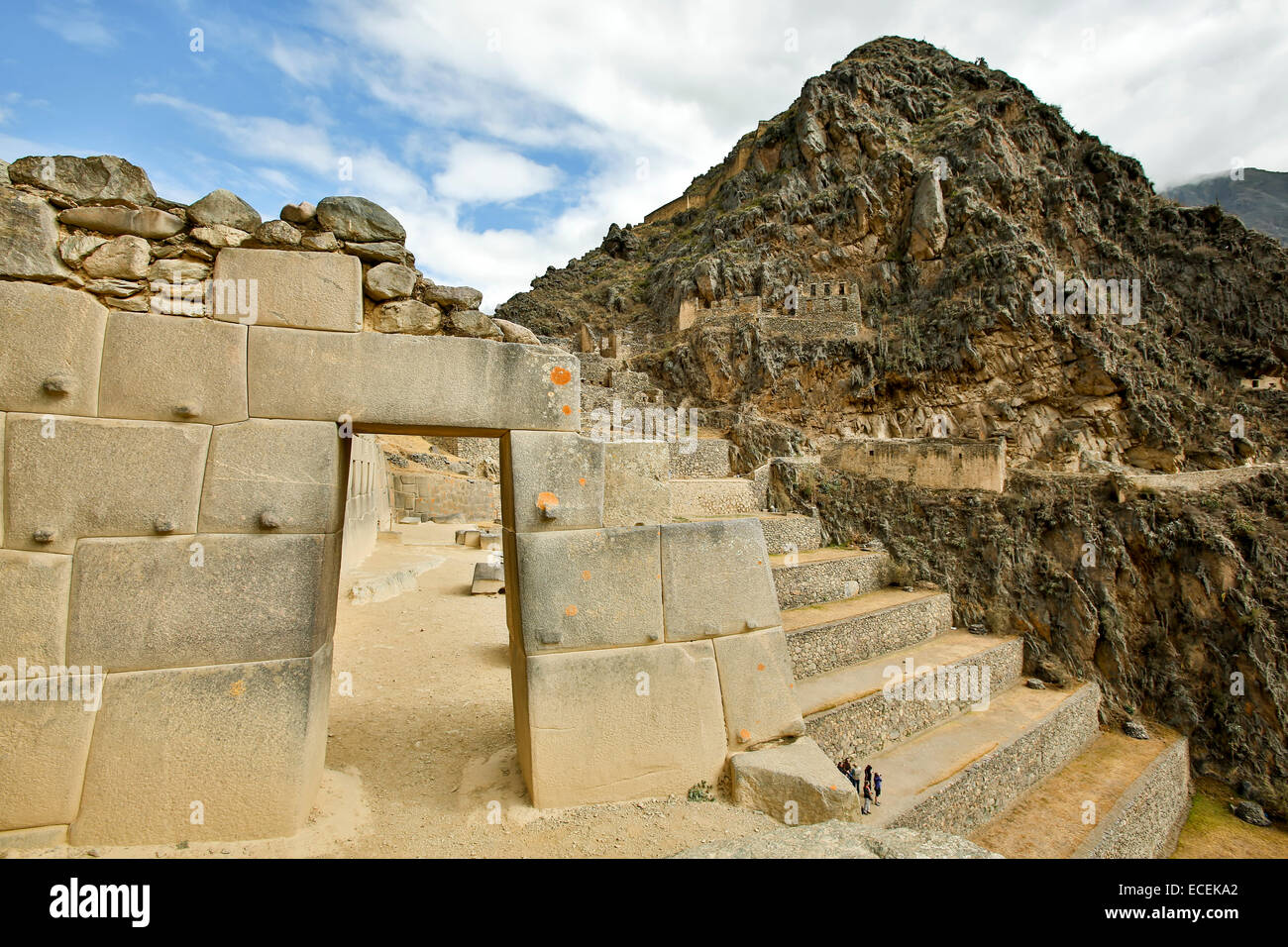 Gate of the Ten Alcoves, Sector of the Ten Alcoves, agricultural terraces and hill, Ollantaytambo Inca ruins, Urubamba, - Stock Image