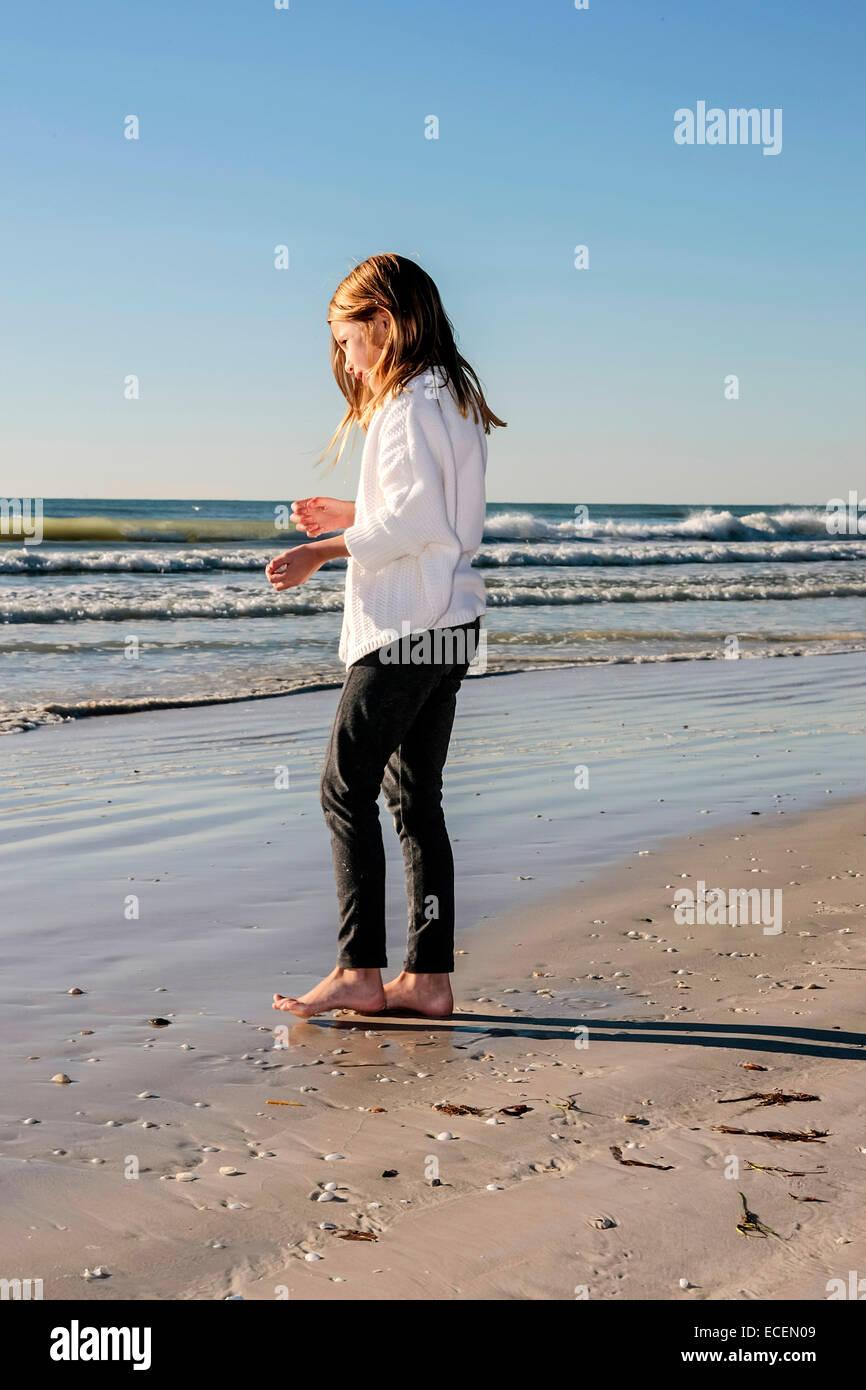 Pre Teen Girl Stock Photos & Pre Teen Girl Stock Images - Alamy