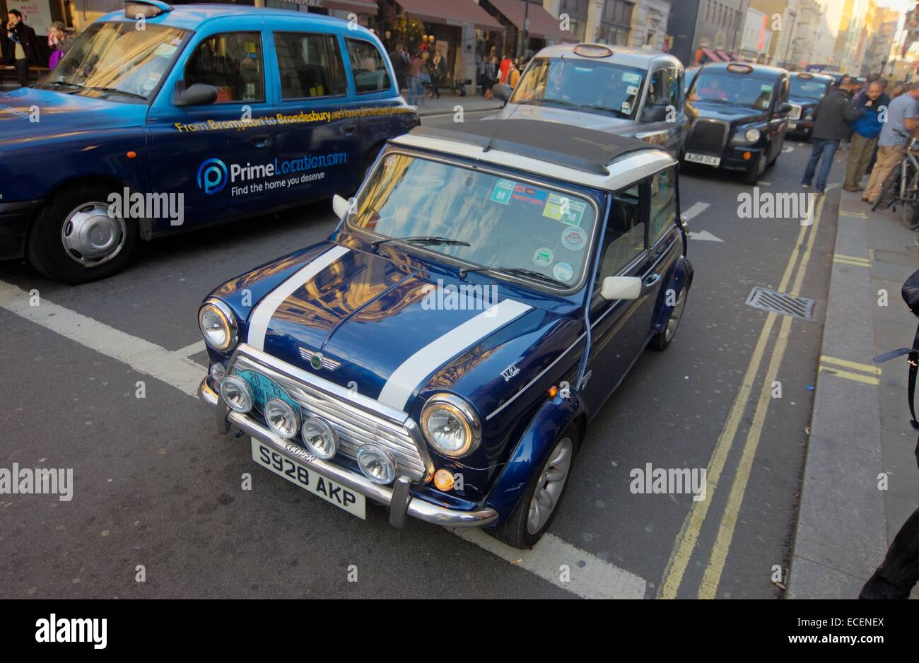 Mini Cooper car on London Streets - Stock Image