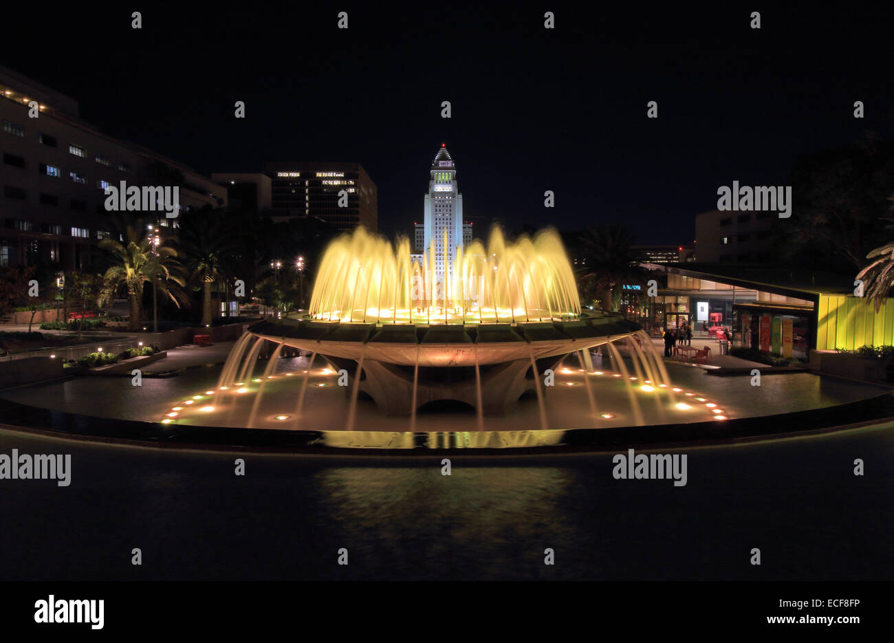 Grand Park Fountains in downtown Los Angeles with City Hall in the background. - Stock Image