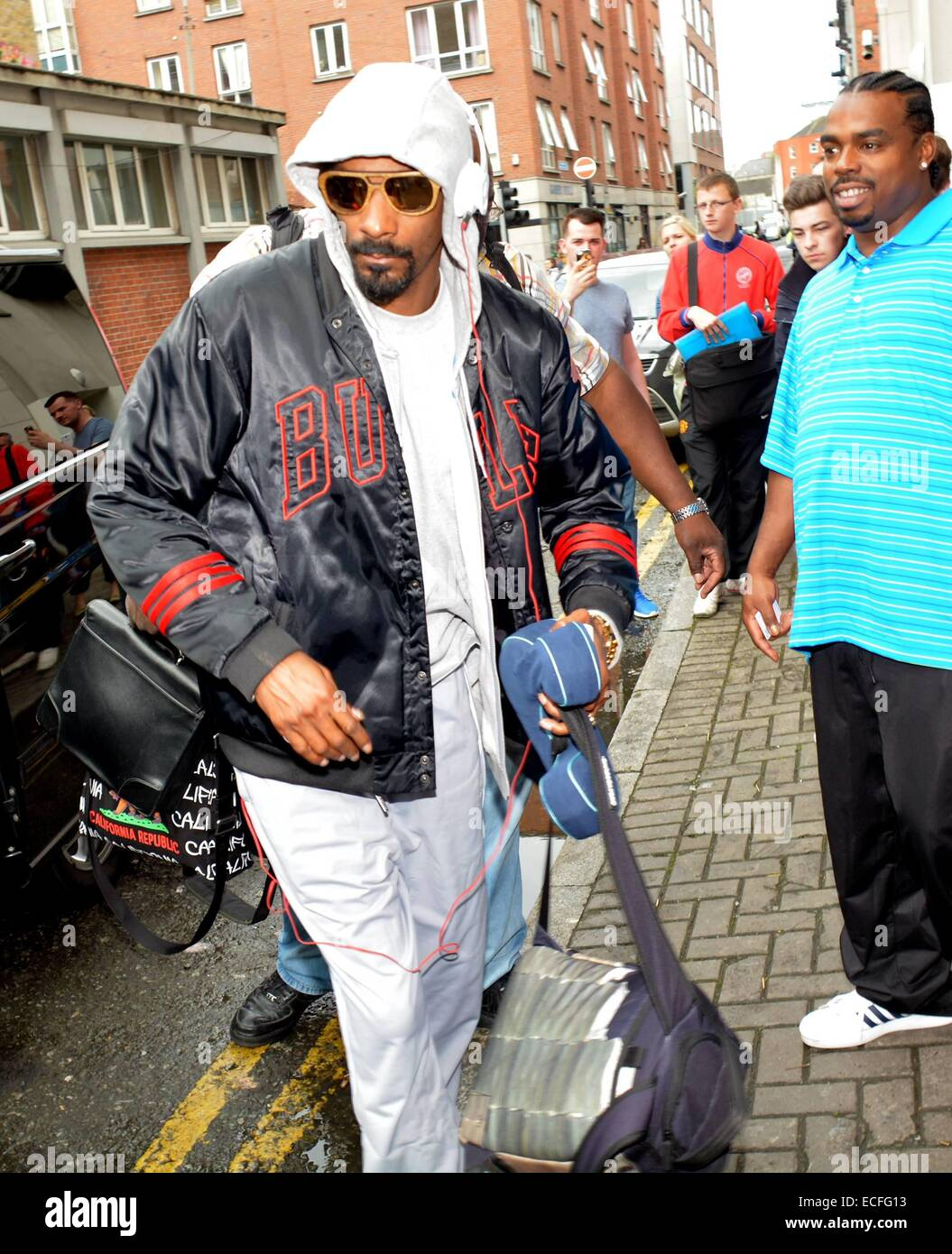 Snoop Dogg Seen Arriving At The Back Door Of The Morrison Hotel