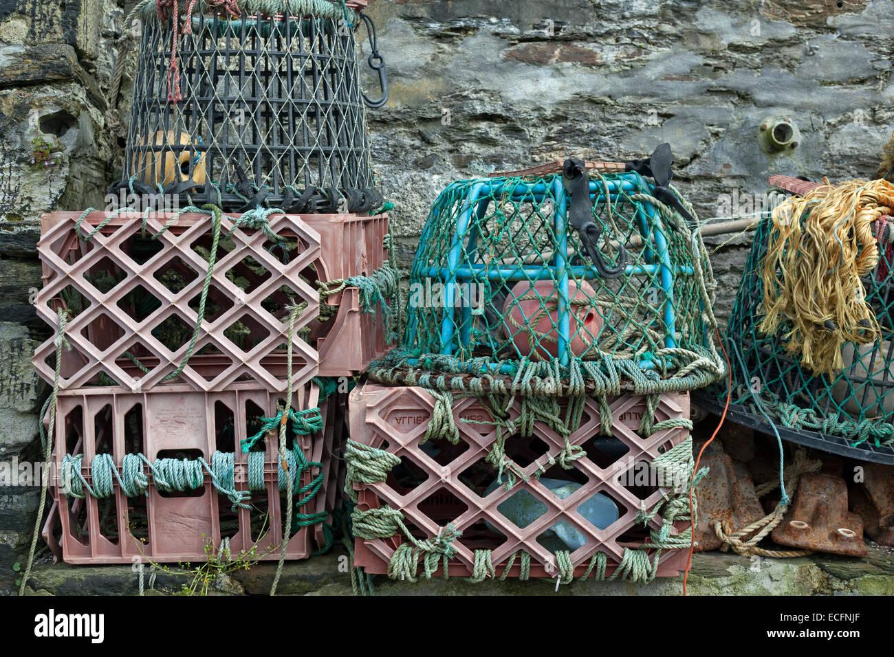 Hummerreusen im Hafen von Mevagissey, Cornwall, Großbritannien - Stock Image