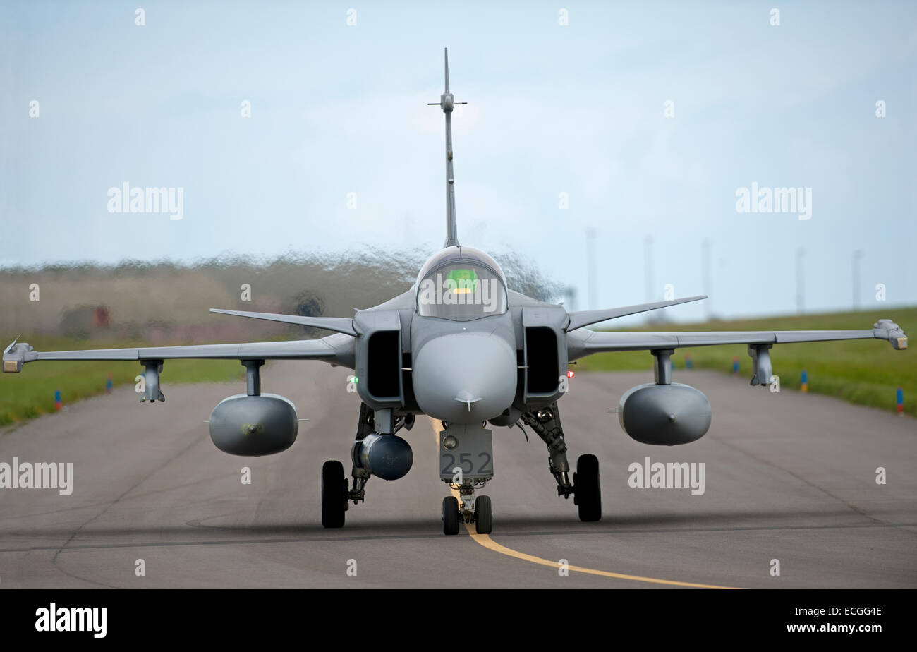 JAS 39 Saab Gripen single seat Mach 2 Fighter Jet No 252, taxiing to 05 at RAF Lossiemouth.  SCO 9313. - Stock Image