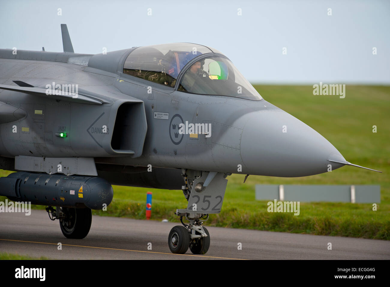 Swedish Gripen Tail Fin Serial Registration No 252 Taxiing on 05 at RAF Lossiemouth.  SCO 9314. - Stock Image