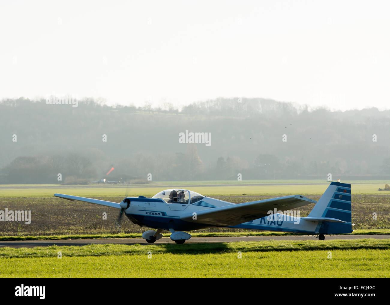 Scheibe SF-25 Falke. G-KIAU - Stock Image