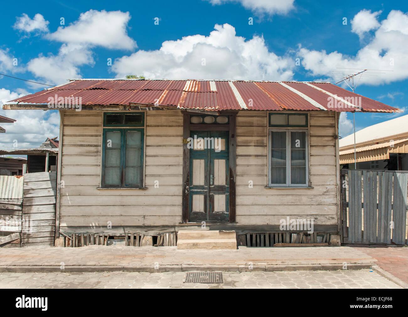 Typical wooden house of freed slaves at Frimangro, Paramaribo, Suriname - Stock Image