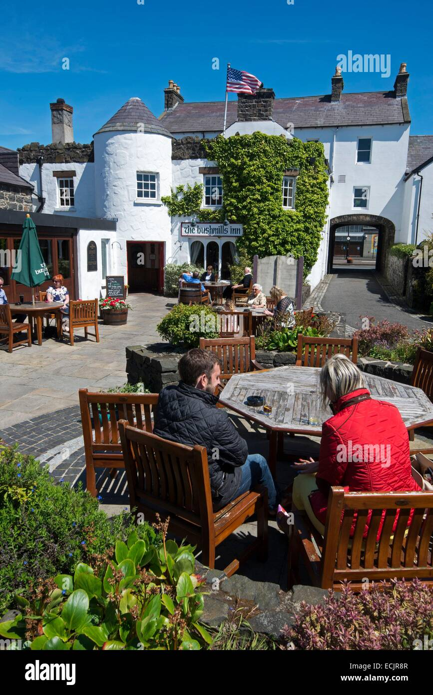 United Kingdom, Northern Ireland, County Antrim, Bushmills, the Bushmill's Inn hotel, restaurant and pub - Stock Image