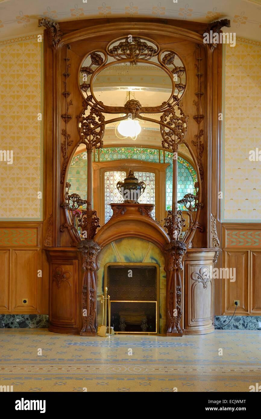 France, Marne, Reims, the Villa Demoiselle of Art Nouveau style, the monumental fireplace Majorelle Stock Photo