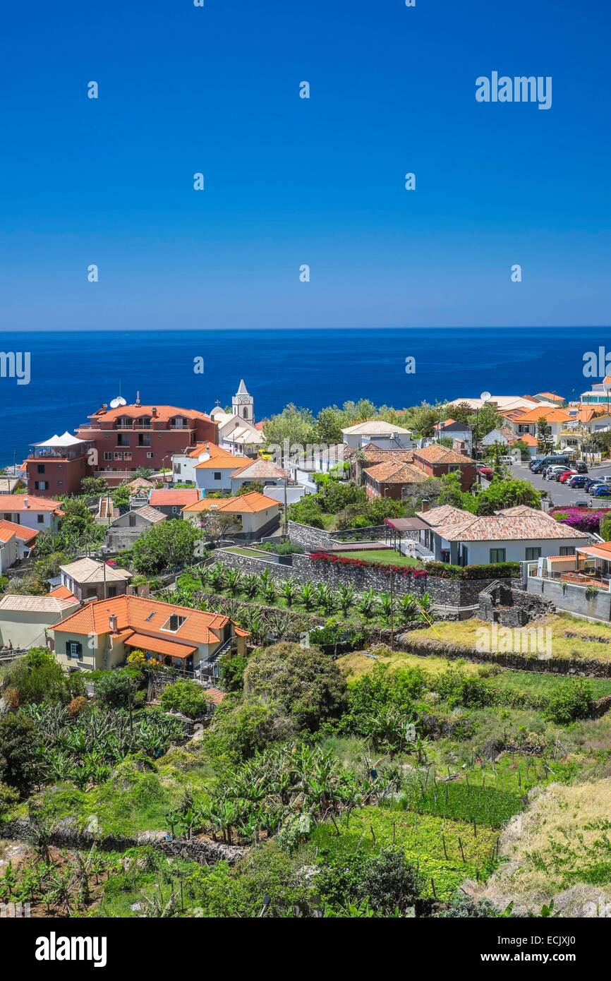 Portugal, Madeira island, Jardim do Mar, a picturesque village right by the sea, the best surfing spot in Madeira - Stock Image