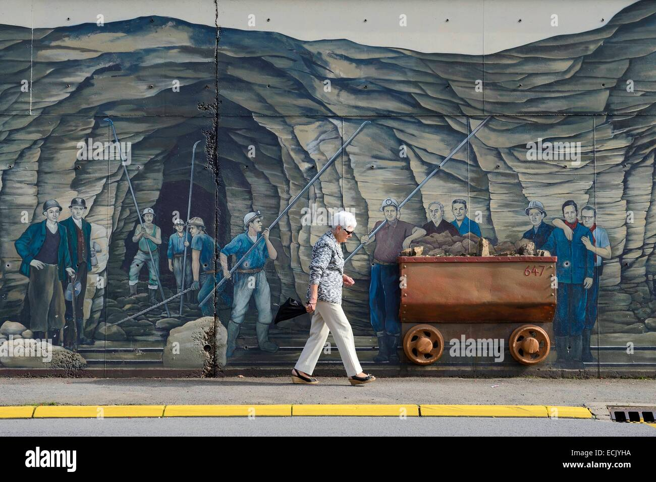 France, Moselle, Fensch Valley, Algrange, Four Mines mural dedicated to iron miners by artist Greg Gawra - Stock Image