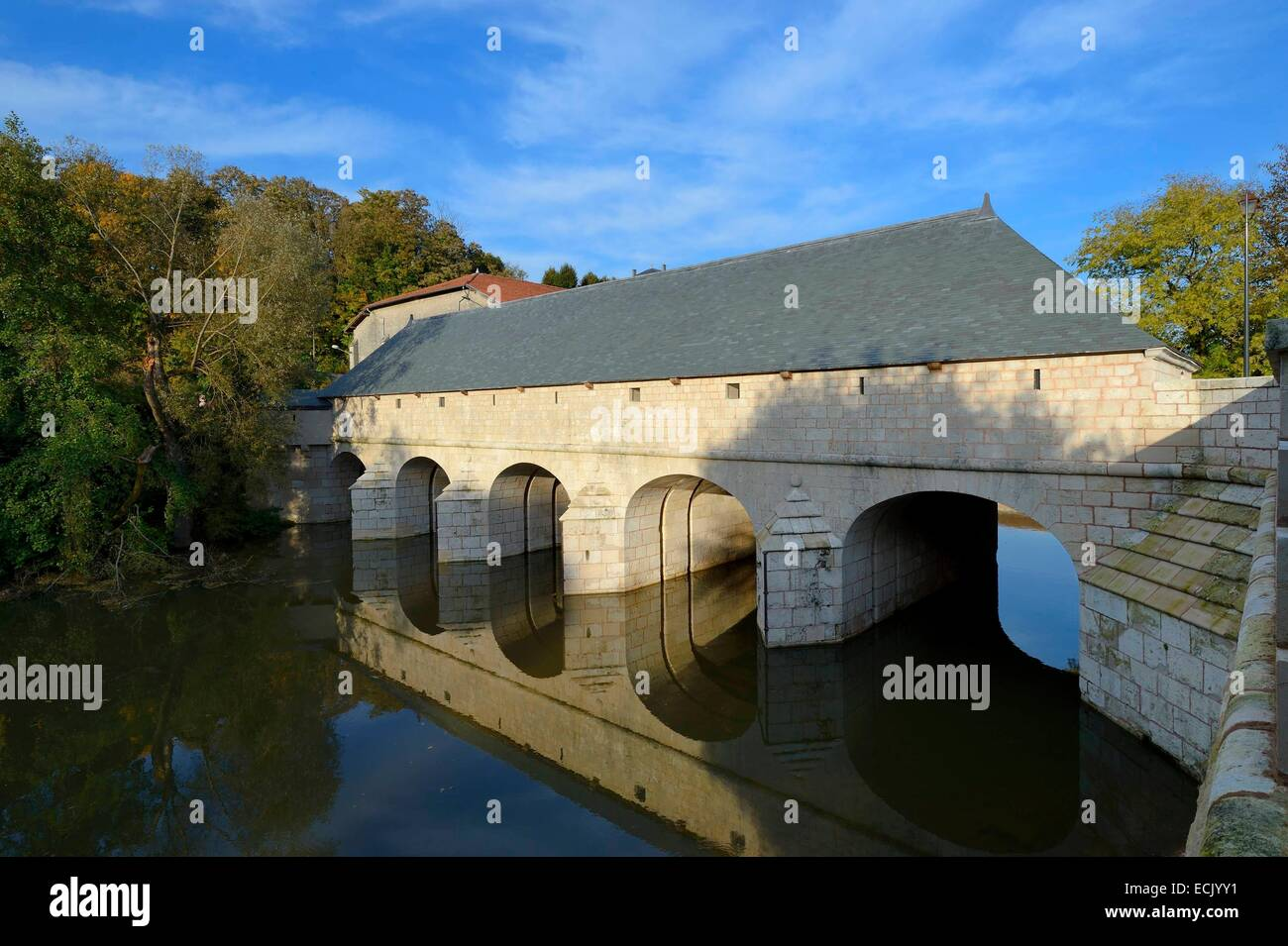 France, Meuse, Verdun, the Saint Amand lock and sluice bridge (1685) over the Meuse river, inspired by a Vauban - Stock Image