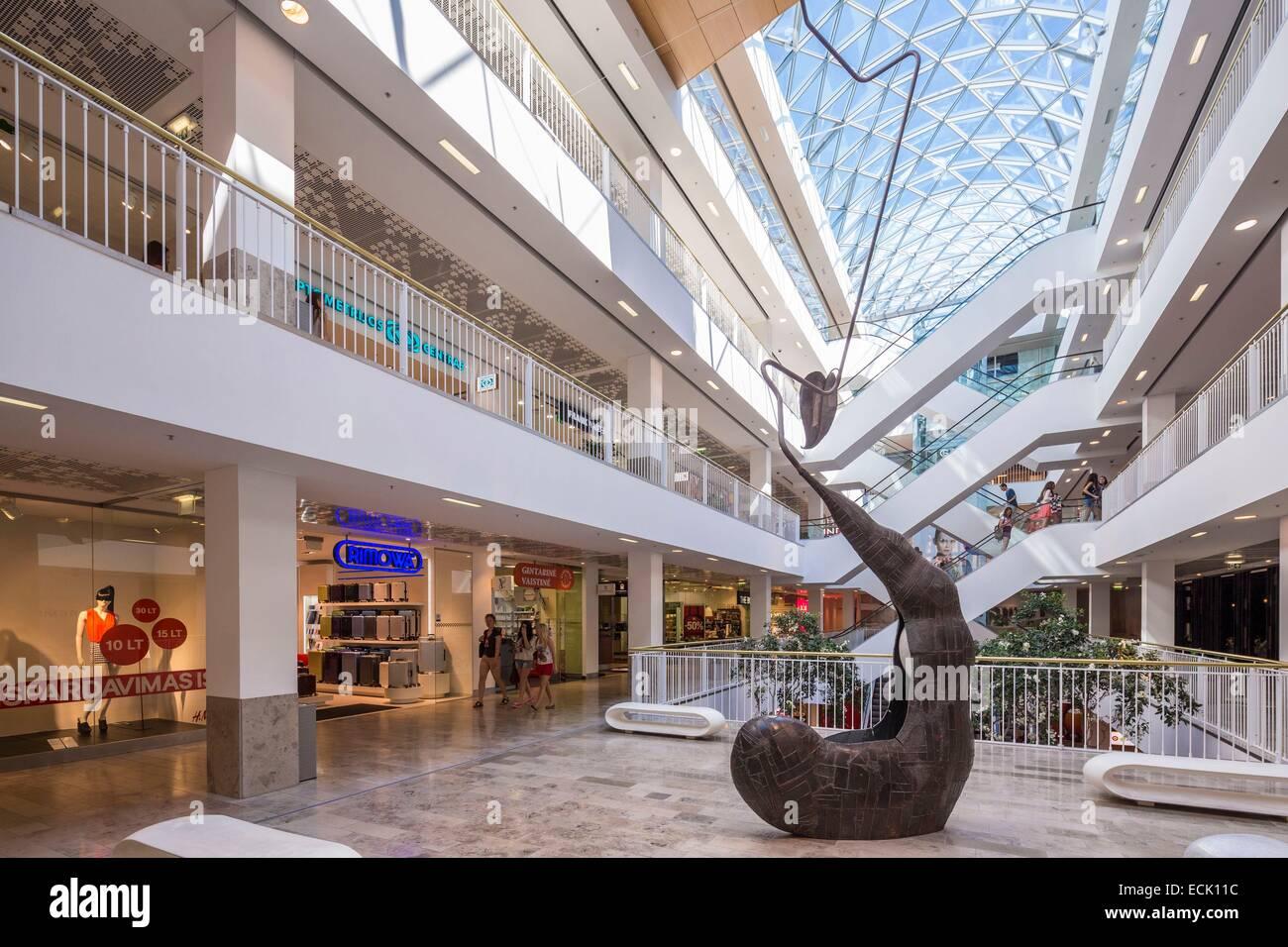 Lithuania (Baltic States), Vilnius, the Gedimino 9 shopping mall, Gedimino prospekta 9 - Stock Image