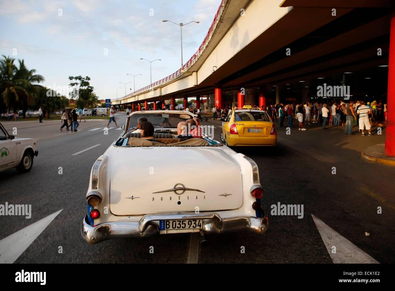 Cuba La Havana Airport Stock Photo 76635610 Alamy