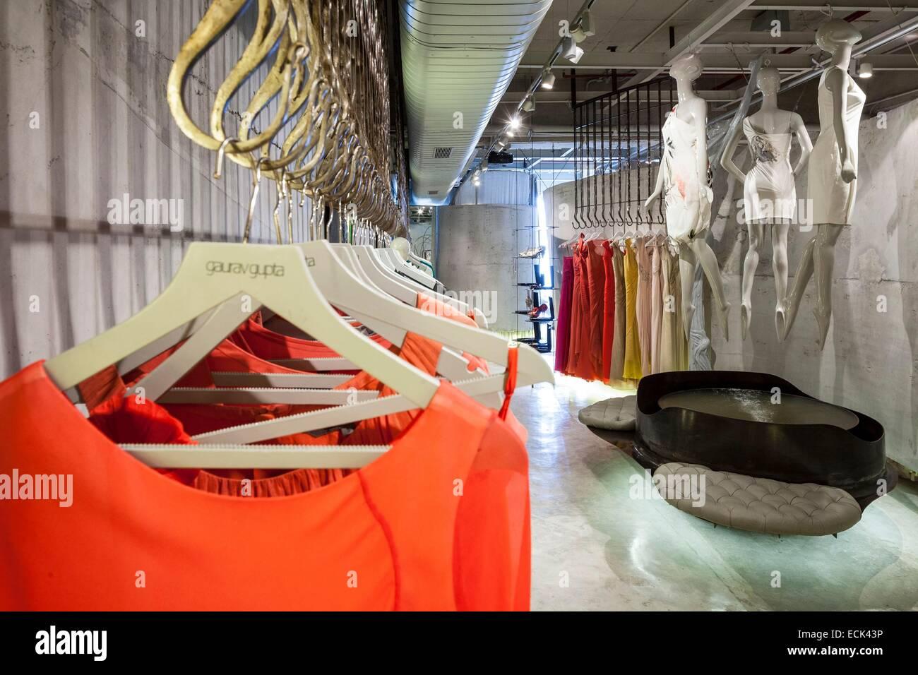 India, New Delhi, Vasant Kunj, luxury mall DLF Emporio, store designer Gaurav Gupta fashion designed by the architectural - Stock Image