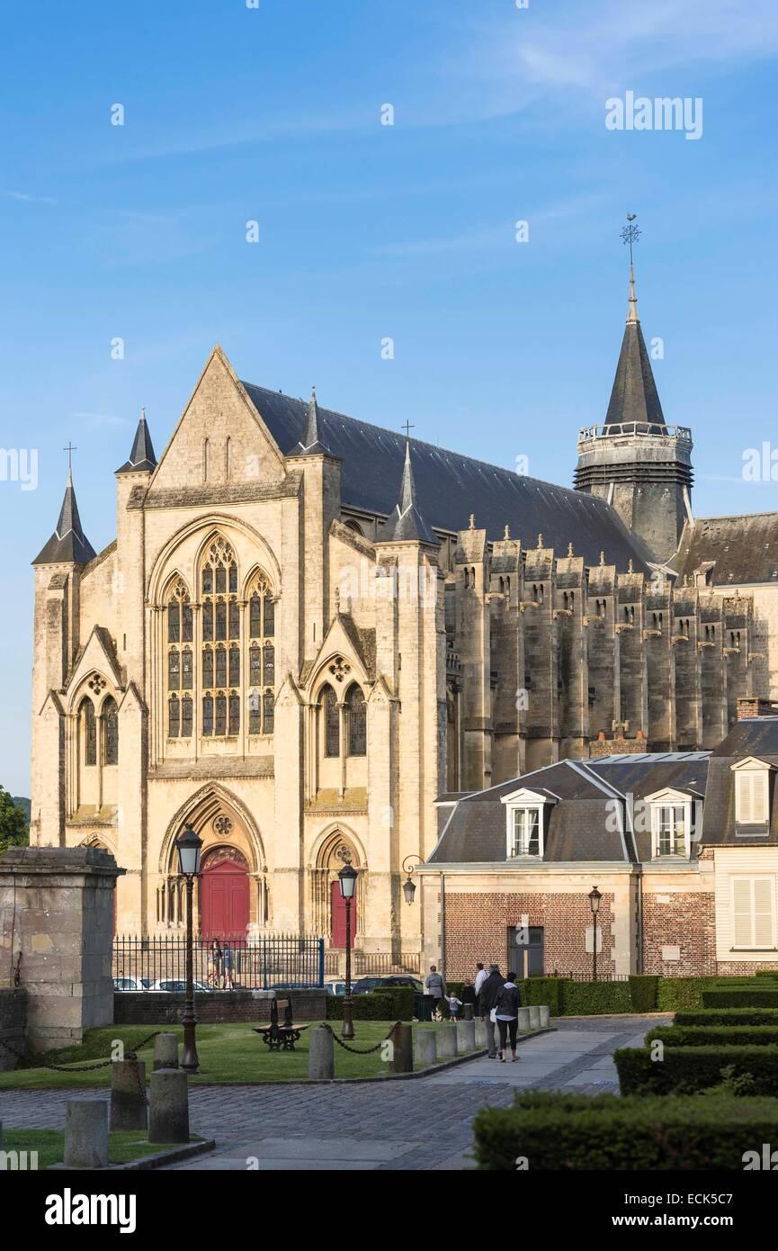 France, Seine Maritime, Eu, the 12th century collegiate Notre Dame and Saint Laurent O'Toole - Stock Image