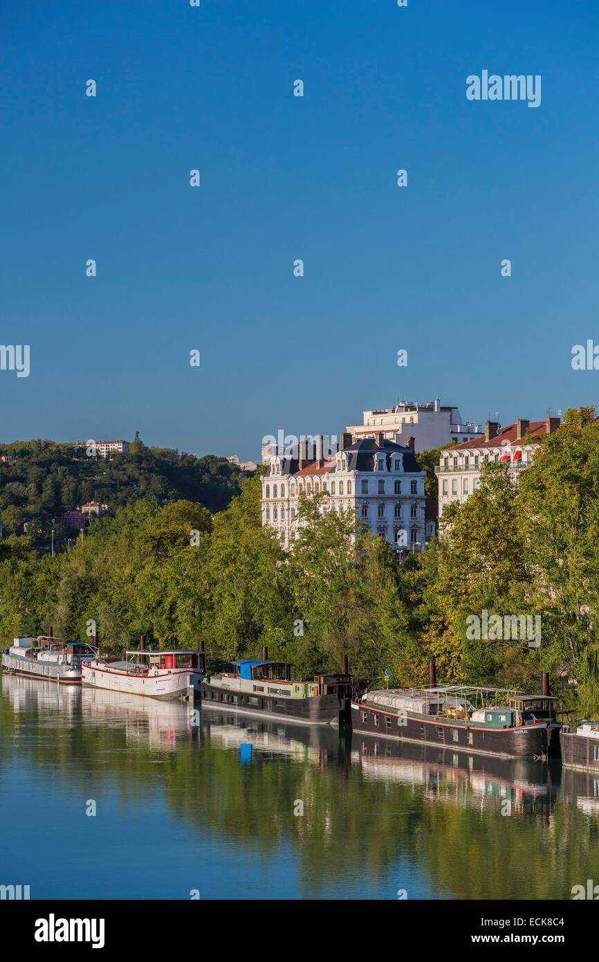 France, Rhone, Lyon, the banks of the Rhone, the quay of Serbie and its barges house - Stock Image