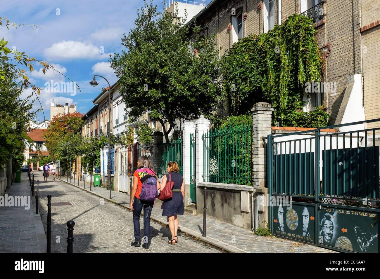France, Paris, Butte aux Cailles district, Villa Daviel is a dead end street close to Butte aux Cailles - Stock Image