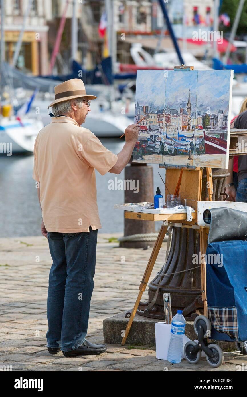 France, Calvados, Honfleur, the harbor, painter - Stock Image