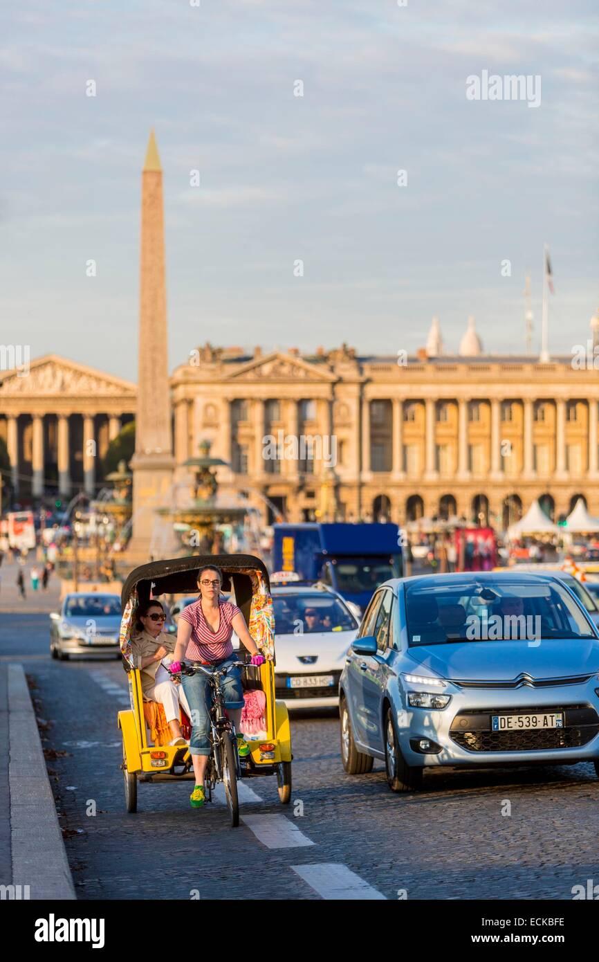 France, Paris, the Place de la Concorde, scooters for tourists - Stock Image