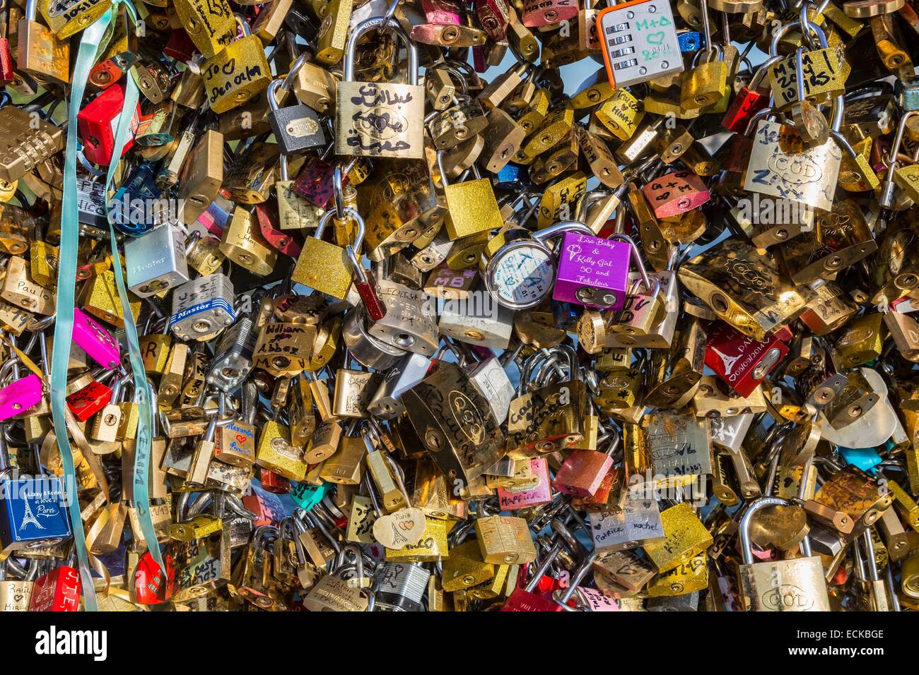 France, Paris, listed as World Heritage areas of UNESCO, Passerelle des Arts, where grids are attached locks of - Stock Image