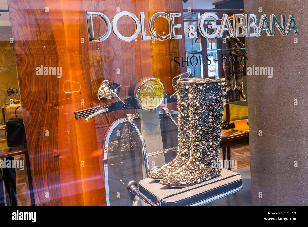 Italy, Lombardy, Milan, via Della Spiga street, Dolce & Cabbana shop - Stock Image