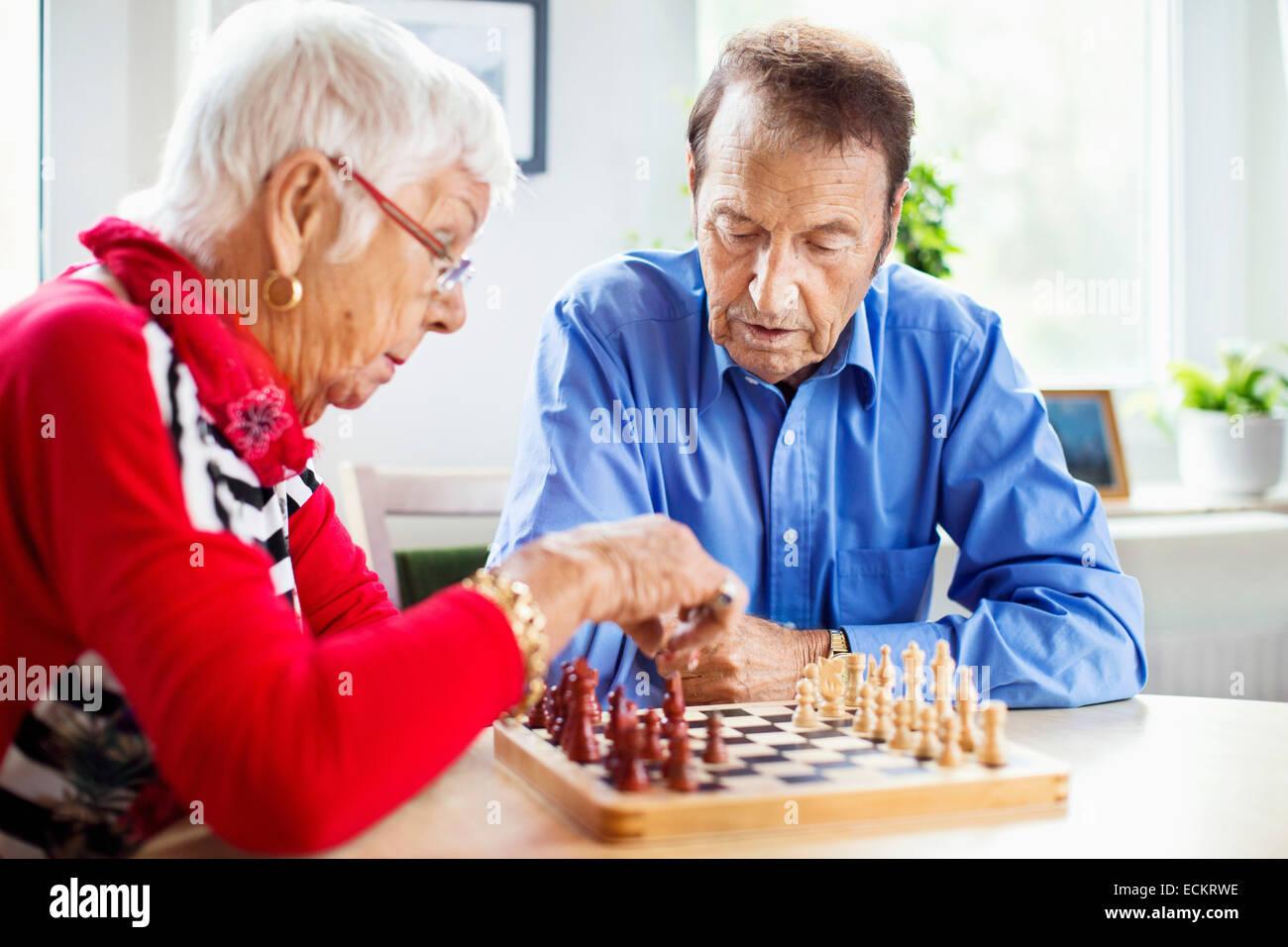 London Canadian Senior Online Dating Website