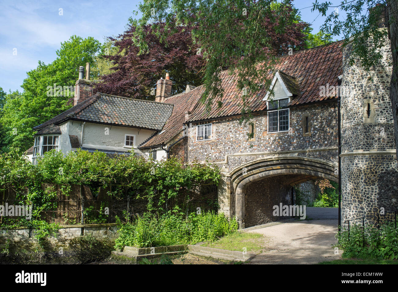 Pulls Ferry Watergate in Norwich Norfolk England - Stock Image