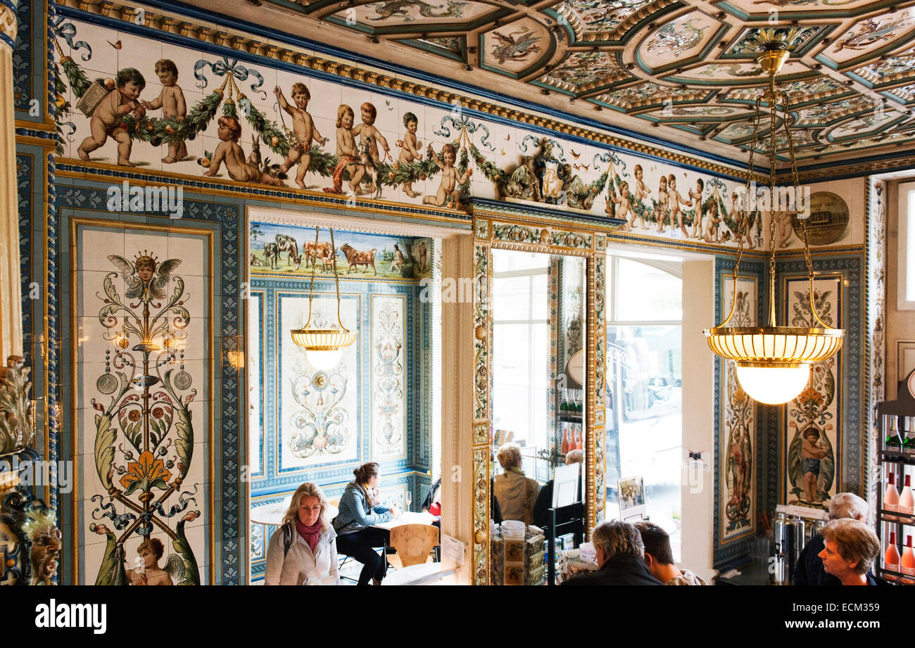 Cafe Restaurant Pfunds in Dresden's new town.  Known for its decorative tiles. - Stock Image