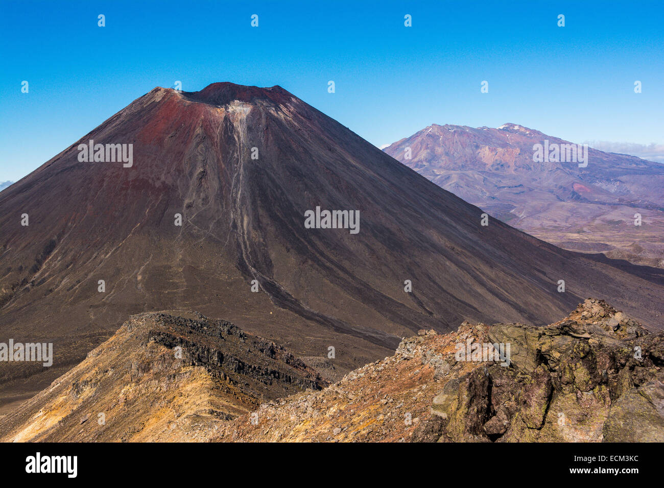 Mt. Ngauruhoe, Northern Circuit hike, Tongariro National Park, North Island, New Zealand - Stock Image