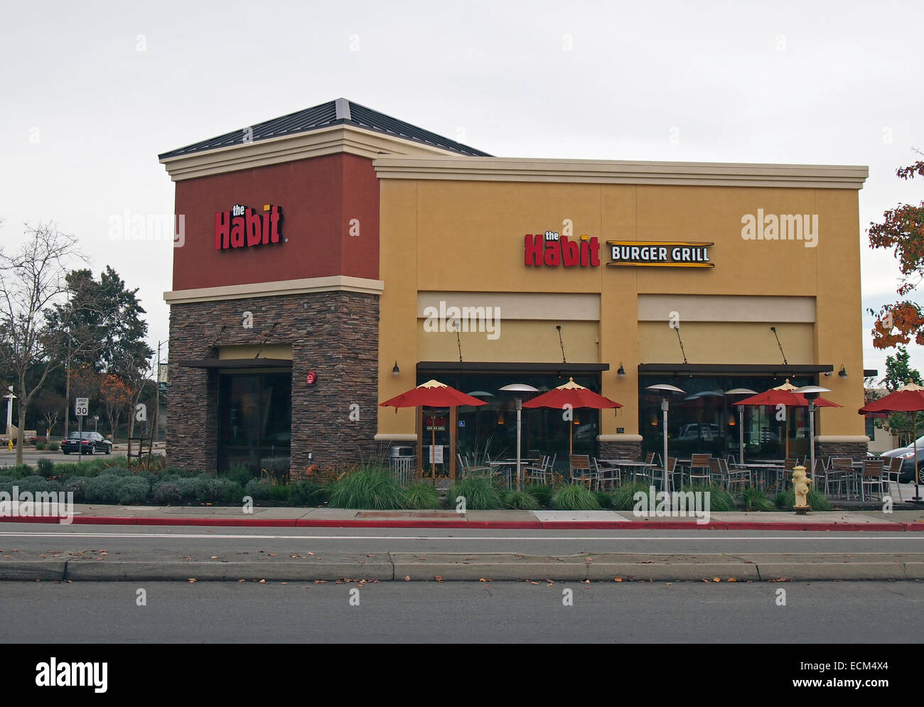 the Habit Burger Grill store - Stock Image