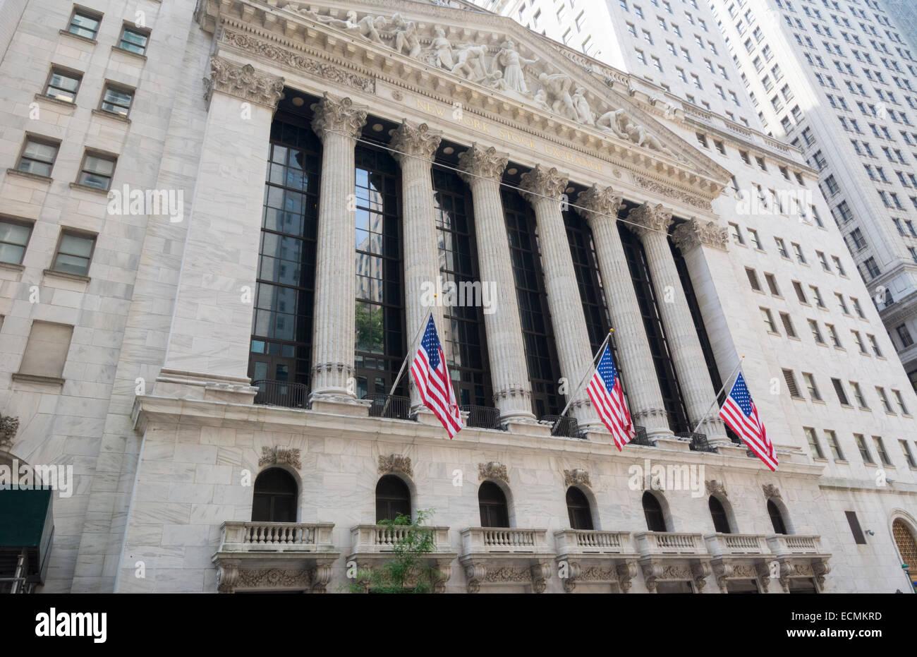 new york city new york wall street nyse building stock exchange