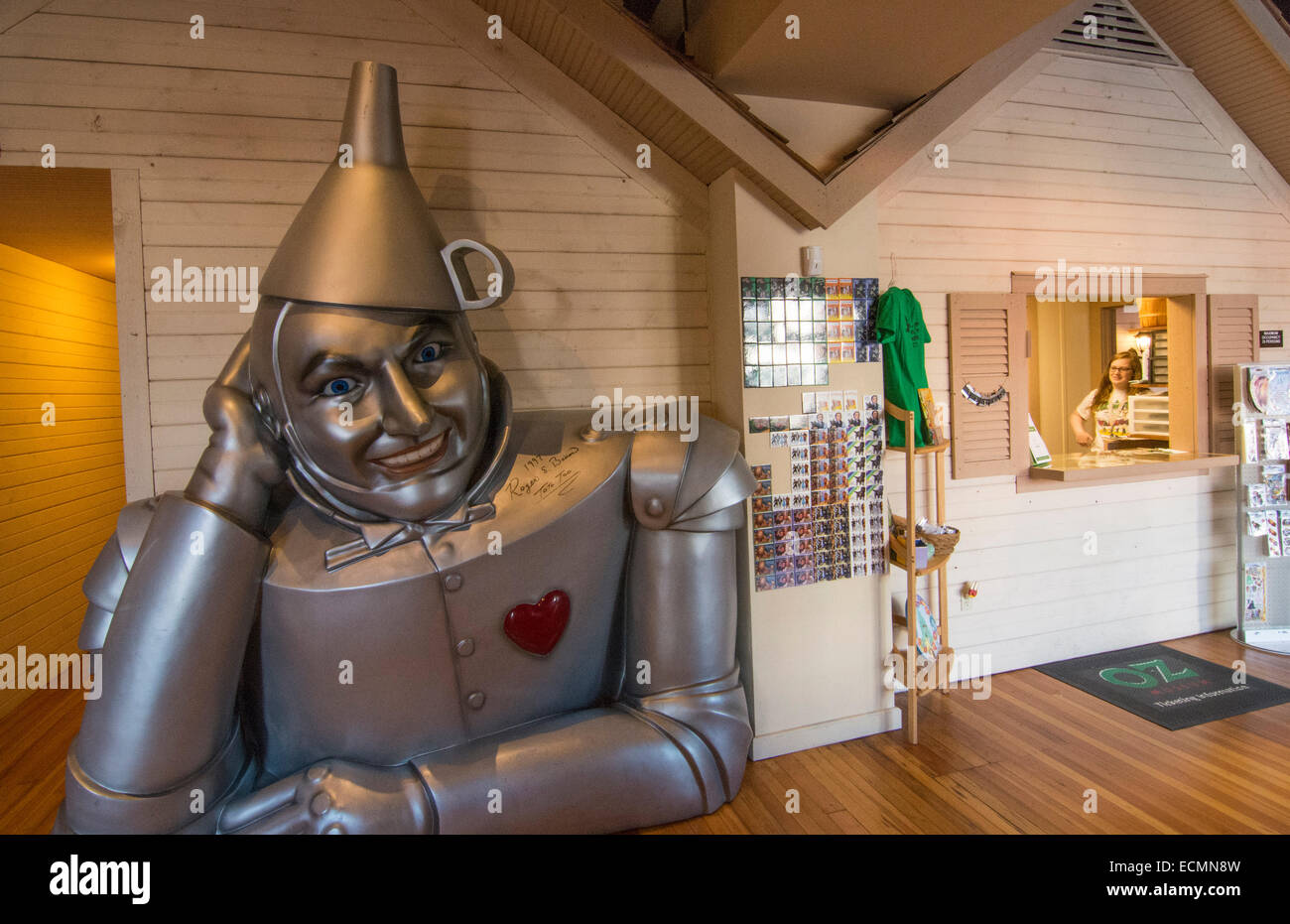 Wamego Kansas home of Oz Museum  from The Wizard of Oz going home to Kansas in downtown village Tin Man with heart - Stock Image