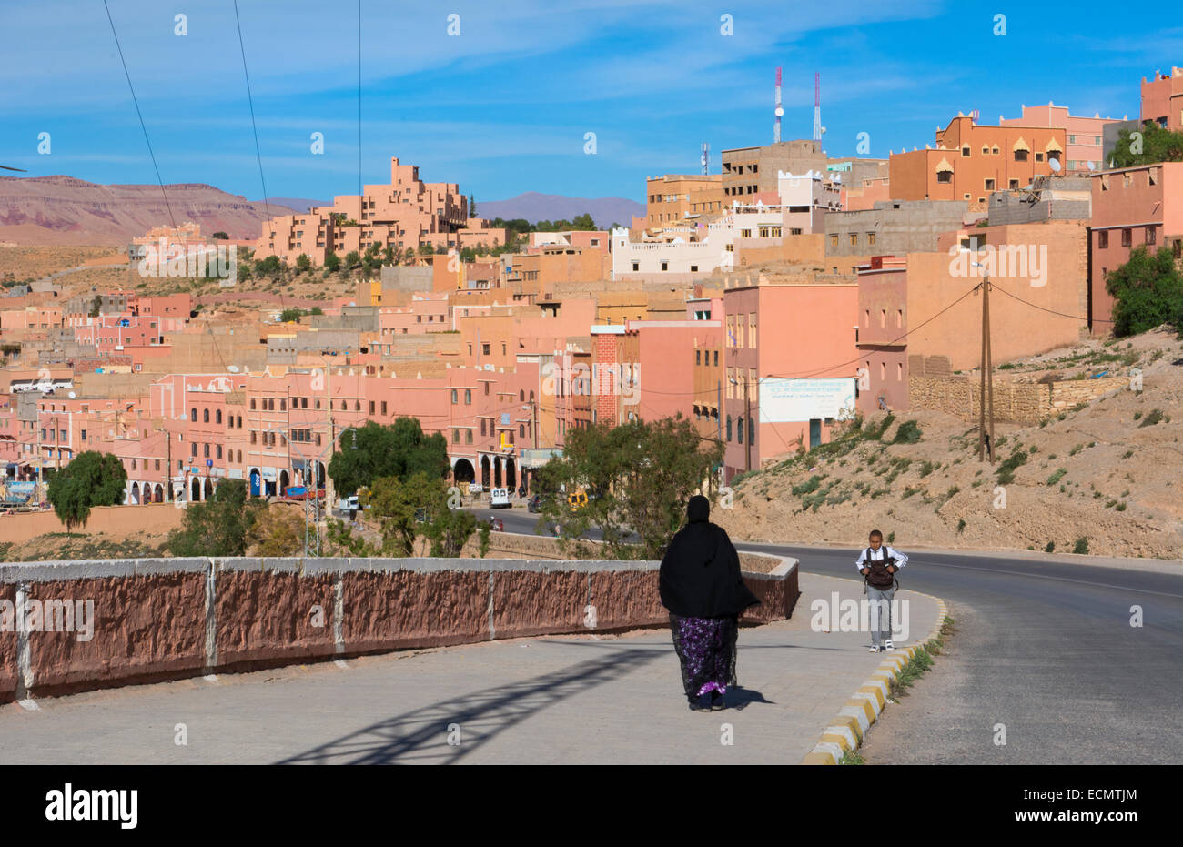 Morocco Atlas Mountains Boulmane Danes village with mountains and old buildings - Stock Image