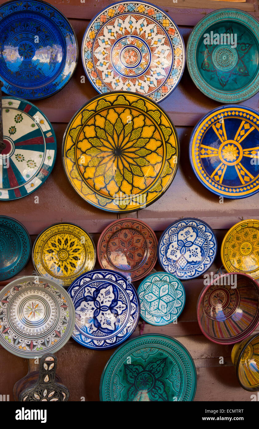 Meknes Morocco main square plates art work for sale to tourists - Stock Image